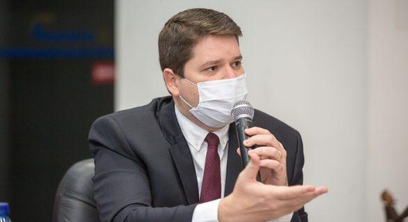 Em reunião na Fecomércio Davi Filho ouve demandas do setor na capital