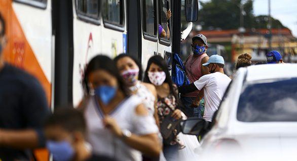 Alagoas confirma mais 843 casos de Covid-19 em 24 horas
