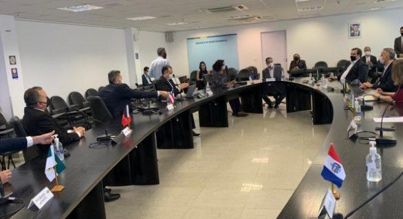 Alagoas discute pontos da reforma tributária com Estados e Câmara
