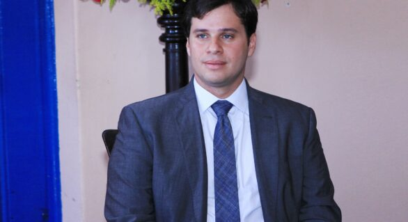 Cacau é reeleito prefeito em Marechal Deodoro