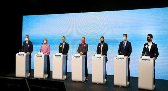Rui, Renan, Assembleia e famílias dos candidatos dominam debate na TV Mar