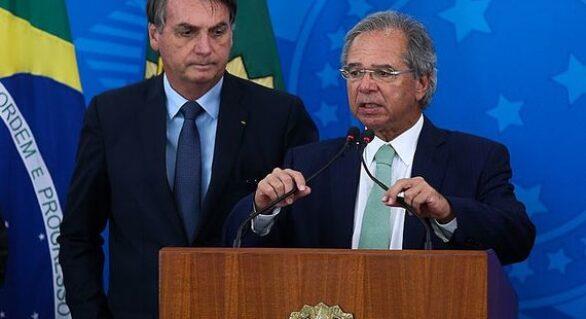 Bolsonaro anuncia salário mínimo de R$ 1.100 para 2021