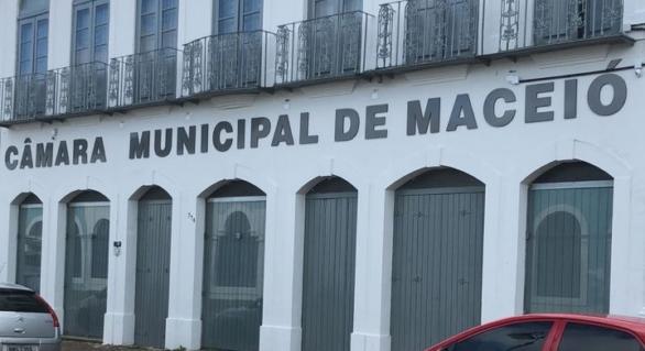 Vereadores eleitos criticam Câmara de Maceió por posse de forma virtual