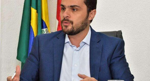 Secretário estadual de saúde anuncia vacina da Covid-19 para fevereiro