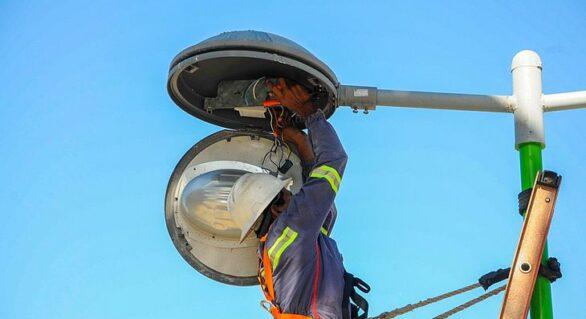 JHC pode reduzir taxa de iluminação pública mais cara do país, a de Maceió