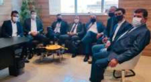 O encontro de Davi Davino Filho e JHC dois meses depois da eleição