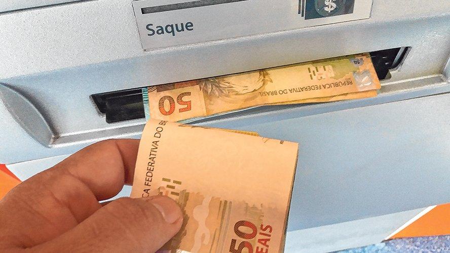 Governo de Alagoas libera primeira faixa salarial na próxima quarta-feira (30)