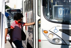 Prefeito fala do empenho da Gestão em manter o valor na tarifa de ônibus