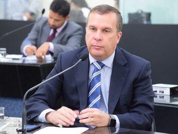 Deputado Sérgio Toledo pode estar em negociação com PSL