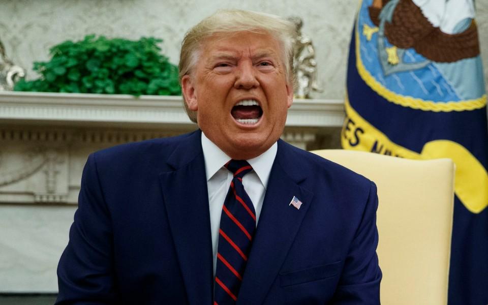 Democratas iniciam segundo processo de impeachment contra Trump