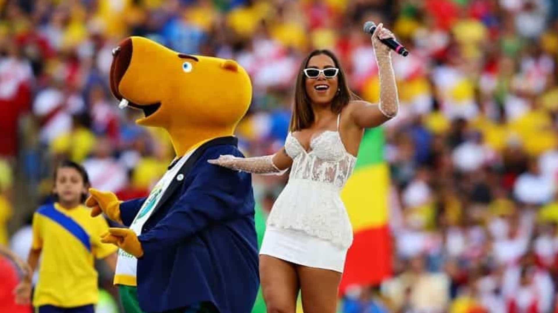 Anitta é criticada no encerramento da Copa América: Chama a Ivete