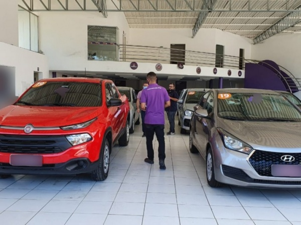 Operação da Sefaz apreende 171 veículos em lojas de seminovos
