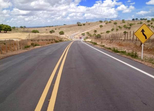 Governo de Alagoas inaugura trecho de rodovia que liga Olho D'Água Grande à BR-101