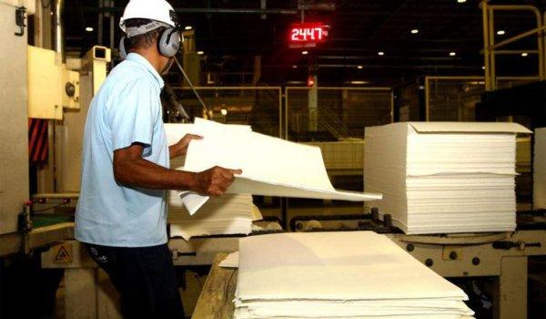 Produção industrial cresce 0,7%, revela pesquisa do IBG