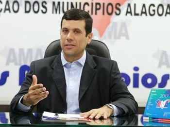 Prefeito do sertão tem maior aprovação de Alagoas, aponta pesquisa