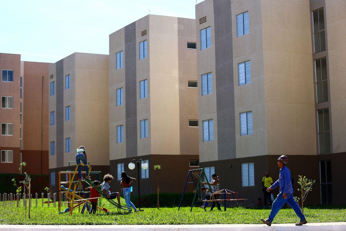 Governo terá R$ 65,5 bilhões para financiamento de casas populares