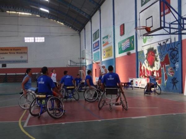 Primeiro amistoso de basquete em cadeiras de rodas é adiado para o dia 20