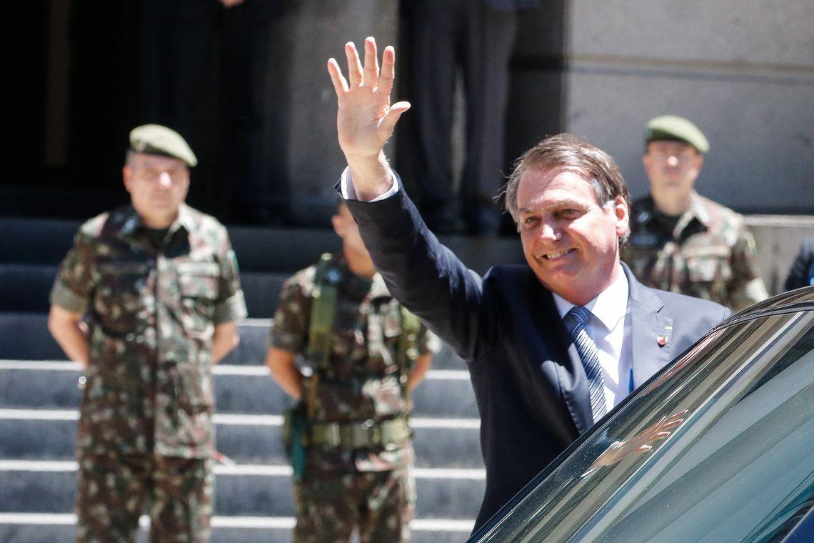 Bolsonaro bateria todos os oponentes se eleição fosse hoje, revela pesquisa FSB/Veja