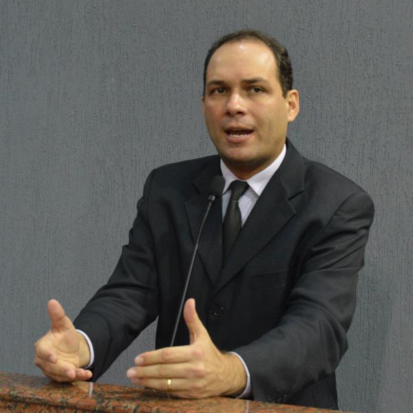 Dudu Ronalsa explica ausência e diz que votaria contra veto do Fundeb