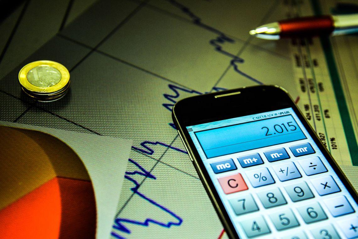 Mercado reduz projeção para expansão da economia pela 9ª vez seguida