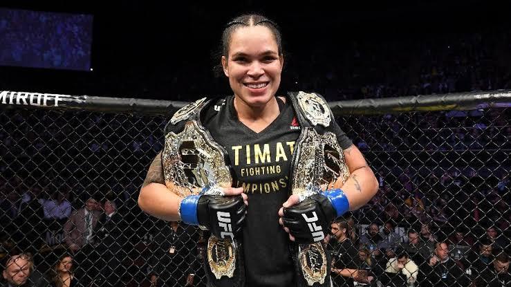 UFC 245: Amanda Nunes domina rival e vence por decisão unânime dos jurados