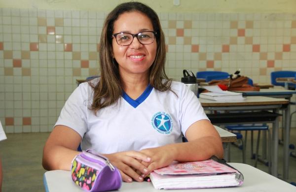 Pré-matrícula para Educação de Jovens e Adultos é prorrogada até o dia (12)