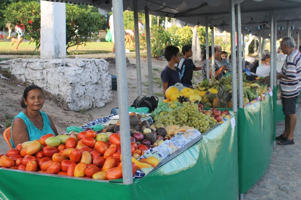 Feira do  Colono de Pindorama integra agricultores e comunidade