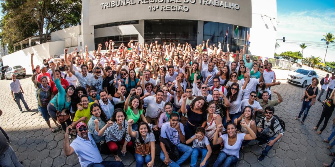 Justiça nega redução de 40% no piso de jornalistas alagoanos e amplia salários