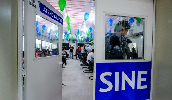 Sine Maceió oferece vagas de emprego em diversas áreas diferentes