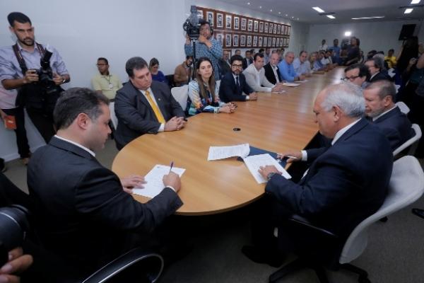 Governador e presidente do TJ lançam programa Rural Legal