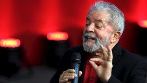 Lula defende que militantes colaborem com PT para evitar negociata