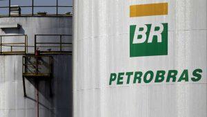 Petrobras reduz preço da gasolina em 0,7% e eleva diesel em 0,6%