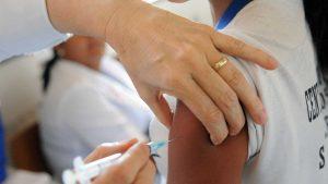 Último dia para atualizar carteira de vacina de crianças e adolescentes