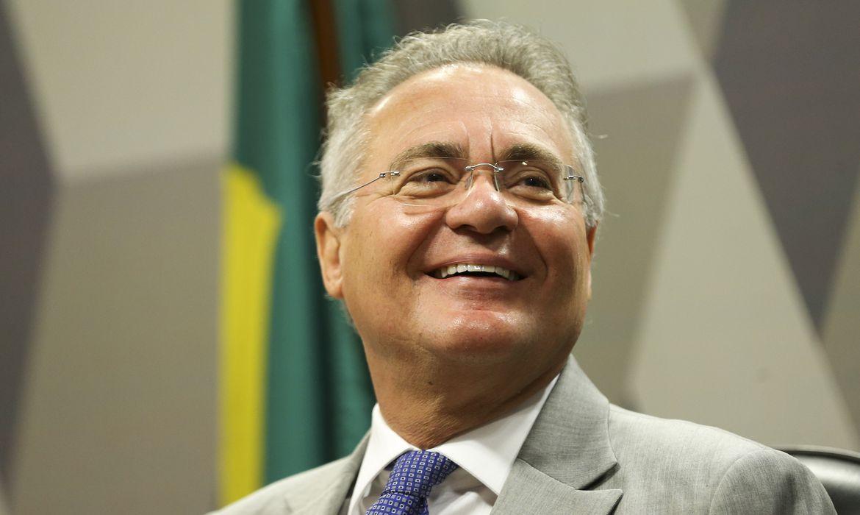 """""""Militares não aceitam ser massa de manobra"""", diz Renan sobre nova crise de Bolsonaro"""