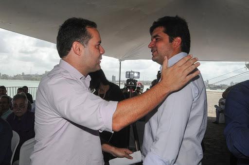 Rui Palmeira confirma aliança política com Renan Filho
