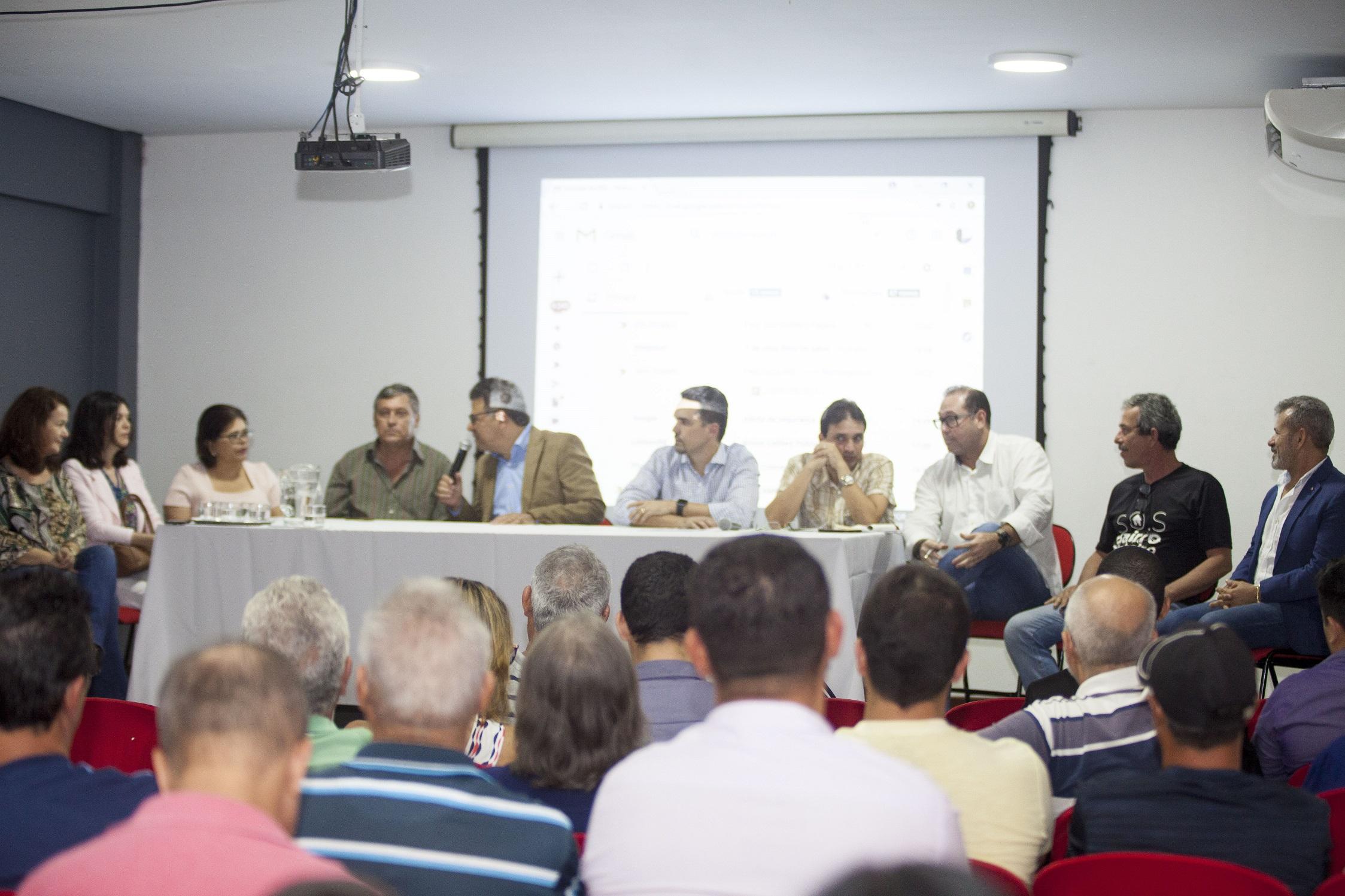 Lei de Incentivos Fiscais é apresentada aos empresários e moradores do Pinheiro, Bebedouro e Mutange