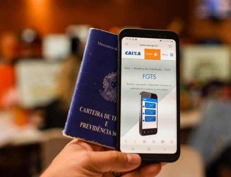 Atualização do app da Caixa vai liberar transferência do FGTS para banco