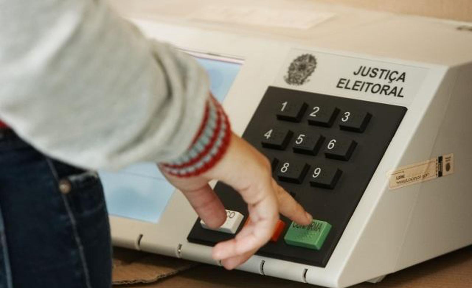 Voto nulo e branco é o mais forte em 16 anos