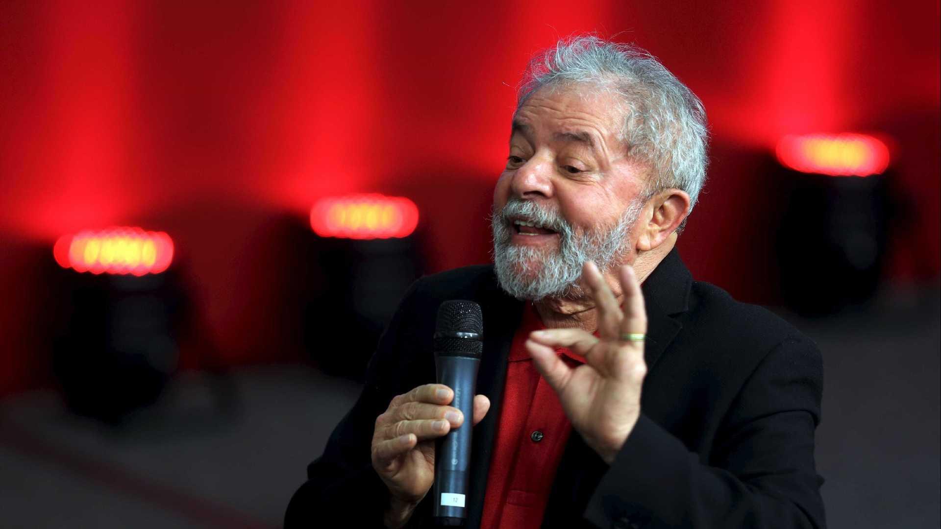 Programa eleitoral do PT mantém Lula como candidato após decisão do TSE
