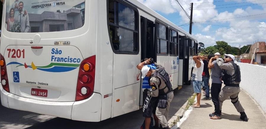 Números de assaltos a ônibus caem na capital Alagoana