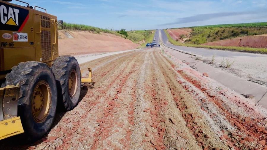 Estrada que liga o Aeroporto à Av. Cachoeira do Meirim está 70% concluída