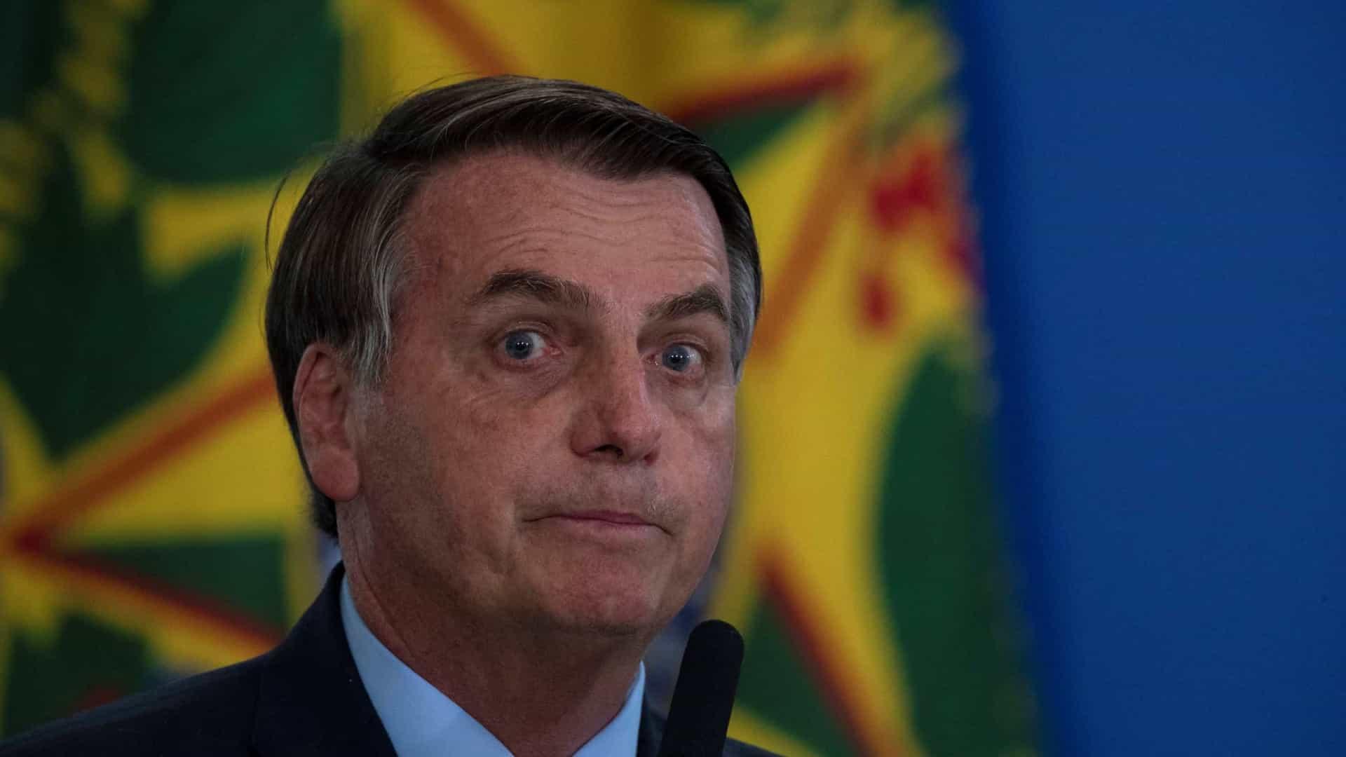 Bolsonaro vai aos EUA para tentar atrair fábrica da Tesla para o Brasil