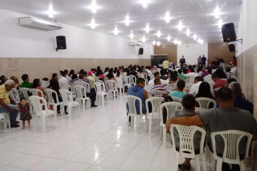 62 casais oficializam a união em casamento coletivo no Trapiche
