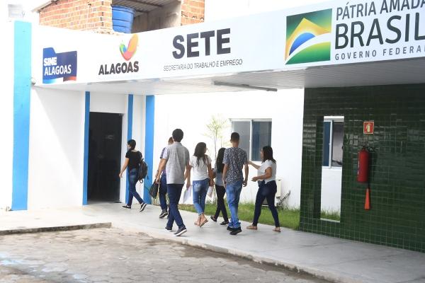 Rede estadual do Sine disponibiliza 250 vagas para contratação imediata