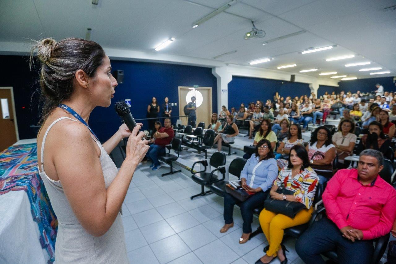 Evento promovido pela Sesau e RAVVS capacita educadores para proteção de crianças vítimas de violência sexual