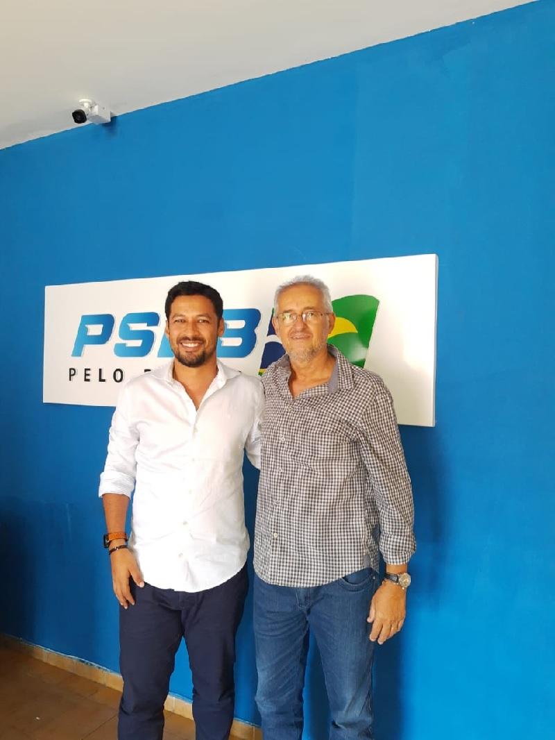 Lideranças de Jequiá da Praia conversam com Cunha sobre campanha de filiação do PSDB AL