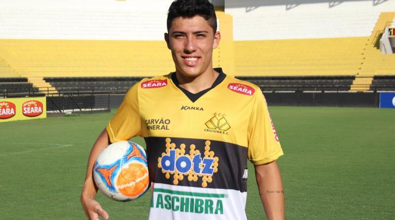 CRB anuncia contratação de atacante Bruno Lopes