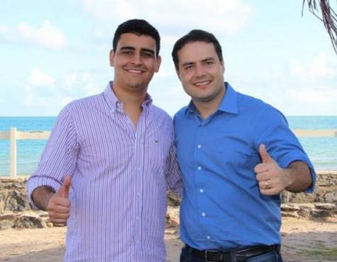 JHC e Renan Filho dividem palanque em Ibateguara