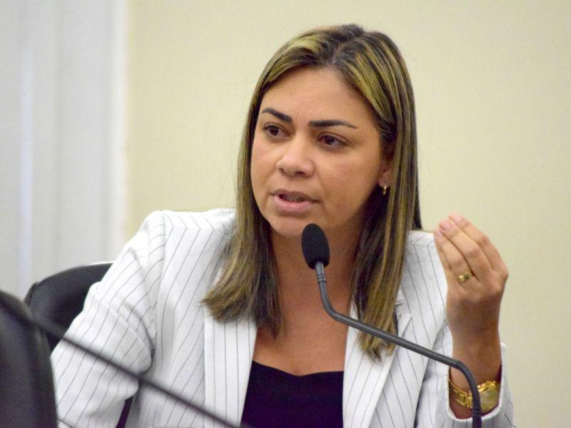 Flavia Cavalcante apresenta resultado dos seus cinco meses de mandato
