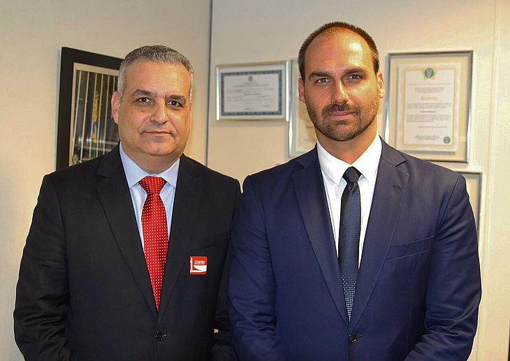 Em Brasília, Alfredo Gaspar tem reunião com Eduardo Bolsonaro